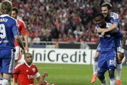 Kalou no perdona y el Chelsea se impone al Benfica (0-1)