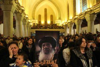 Al menos tres muertos en la capilla ardiente del papa copto Shenuda III