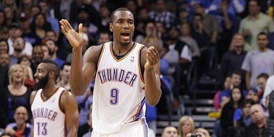 Los Thunder de Durant e Ibaka vuelven a la senda del triunfo