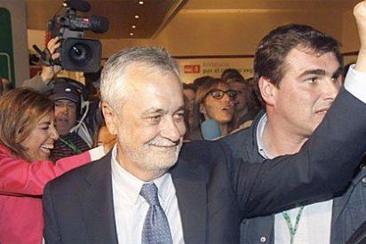 """El espíritu de Suresnes resiste en Andalucía: """"Caperucita Roja"""" se ha salvado del lobo popular"""