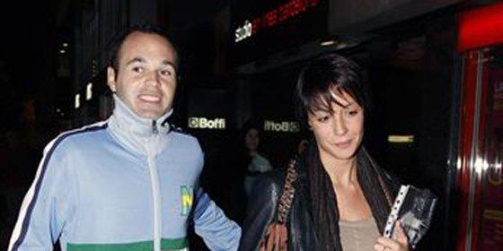 Andrés Iniesta se casará con su novia Ana Ortiz en julio