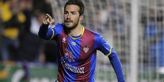 La eficacia del Levante le devuelve a puestos 'Champions' (3-1)