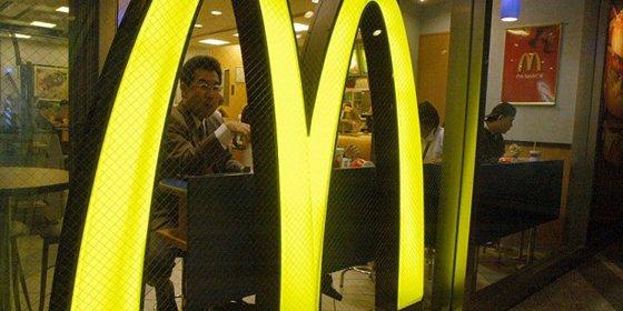 Carrefour y McDonald's piden perdón por vender comida caduca