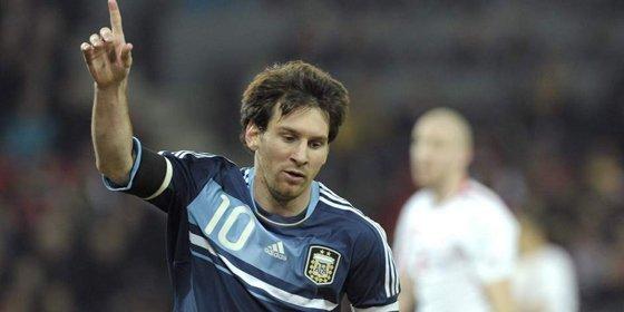 Leo Messi sentencia a Suiza con tres goles con Argentina