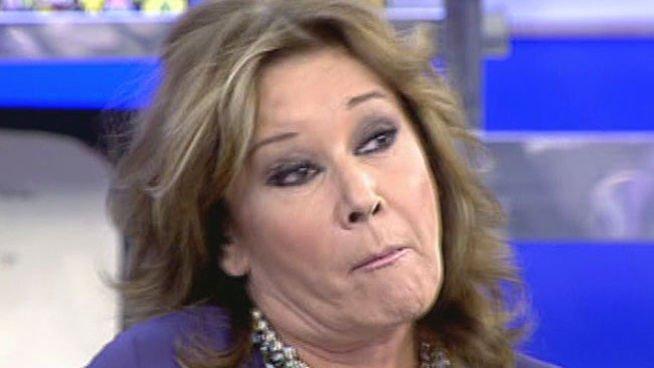 """Chelo García Cortés, nueva 'víctima' de una descontrolada Mila Ximénez: """"¡Falsa, cínica, boba. Cuando vas al 'Deluxe', baja la audiencia!"""""""