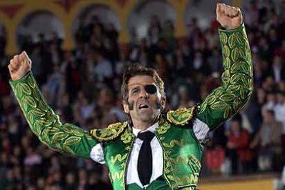 El maestro Padilla estrena con éxito su segunda vida como torero