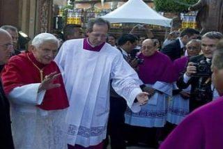 """El Papa pide a obispos latinoamericanos que """"eviten divisiones estériles, críticas y recelos"""""""