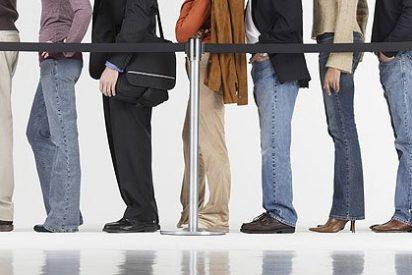 La mitad de los parados lleva más de un año buscando empleo