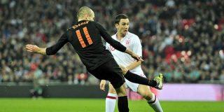 Robben acaba con la ilusión de una nueva Inglaterra (2-3)