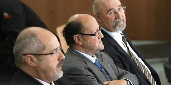 El PP indulta a dos condenados por malversación de fondos públicos de CiU