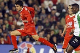 El Sevilla recupera la senda de la victoria en Santander