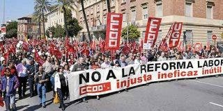 Ni un euro más a los paniaguados sindicatos