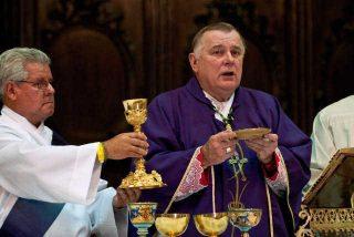 """Arzobispo de Miami dice que la Iglesia quiere para Cuba una transición digna y """"suave"""""""