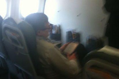 Willy Meyer (IU) viaja en 'business class' a boicotear el transporte de los pobres