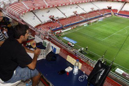 El Gobierno decide contentar a todos: las radios volverán a entrar a los campos de fútbol pero pagarán a los clubes por el uso de sus instalaciones