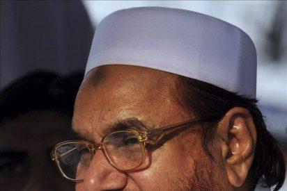 Un líder paquistaní radical acusa a EE.UU. de complacer a la India con un premio por su captura