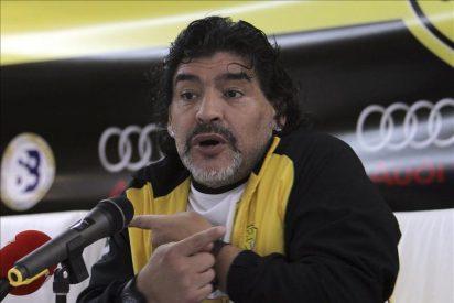 Maradona no viajará a Italia al aplazarse la vista por su causa con el Fisco