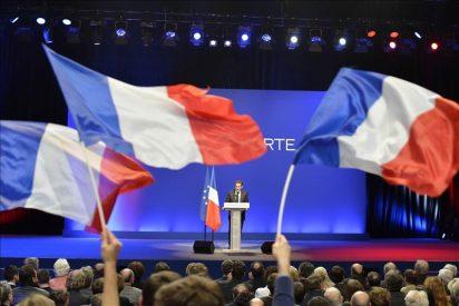 Comienza la campaña electoral en Francia, con ligera ventaja de Sarkozy