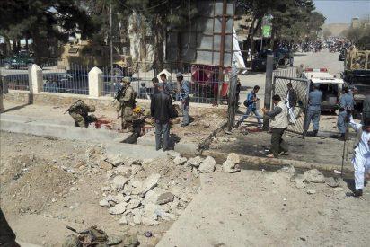 Al menos once muertos en un ataque suicida talibán en el oeste de Afganistán