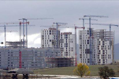 La venta de viviendas cae un 31,8 por ciento en febrero y encadena un año de descensos