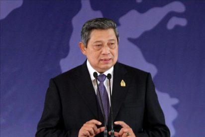 El presidente indonesio descarta un fuerte tsunami aunque sigue la alerta