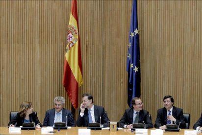 """Rajoy descarta que España sea intervenida y defiende su """"vía reformista"""""""