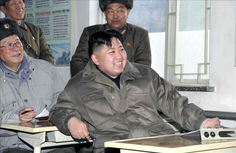 El partido único norcoreano otorga nuevos cargos a Kim Jong-un