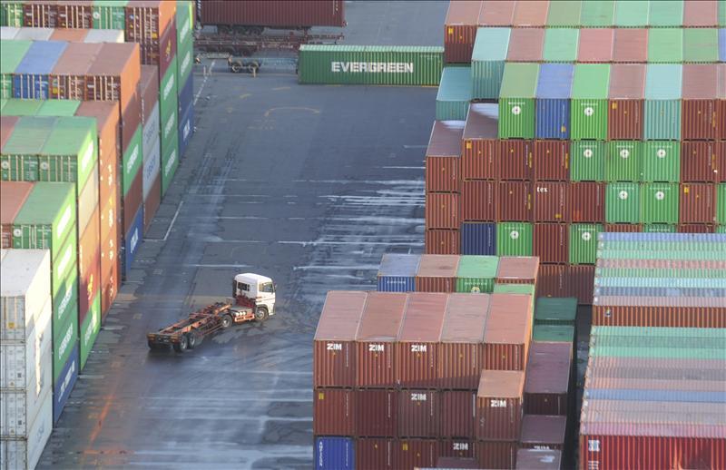 La OMC advierte que Europa frenará el crecimiento del comercio mundial en 2011