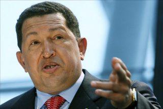 """Chávez apoya la expropiación de YPF y rechaza las """"amenazas"""" contra Argentina"""