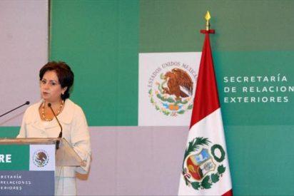 """México dice que """"oficialmente"""" aún no es mediador en el conflicto por YPF"""