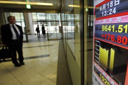El Nikkei baja 27,02 puntos, un 0,28 por ciento, hasta los 9.561,36 puntos
