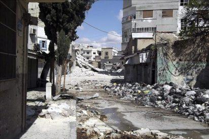 Las tropas del régimen sirio bombardean el bastión opositor de Homs