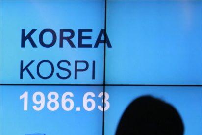 El Kospi cae 3,26 puntos, el 0,16 por ciento, hasta 1.971,39 puntos