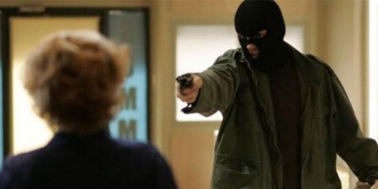 Detenido tras atracar un banco del que se llevó 10 euros