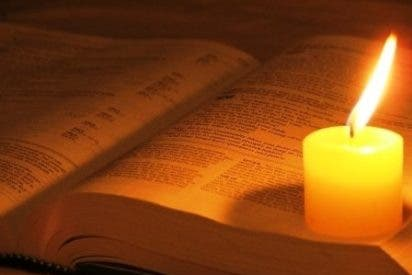 """Papa: """"La Biblia fuente esencial para la Iglesia"""""""
