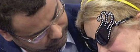"""Vuelve el mal rollo entre Jorge Javier Vázquez y Karmele Marchante: """"¡Qué tonta eres, hija! Haberte quedado en casa sin cobrar"""""""