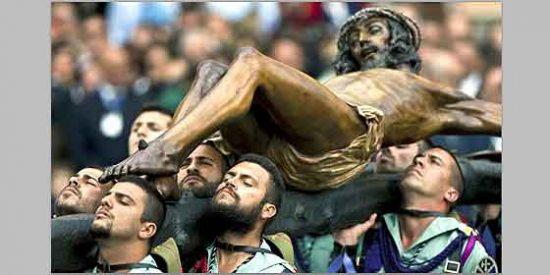 La 'pasión' de los legionarios en Semana Santa