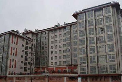Chabolistas gallegos ocupan 100 viviendas en La Coruña