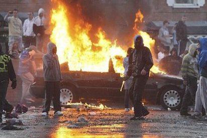 Nacionalistas irlandeses amenazan con nuevos ataques contra la policía