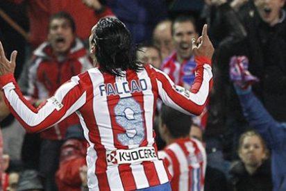 Falcao vuelve a mojar y el Atlético vence en Vallecas al Rayo