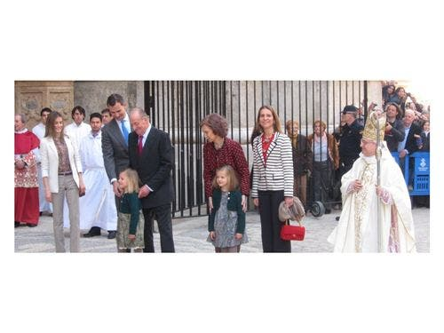 La Familia Real acude a la Misa del Domingo de Resurrección