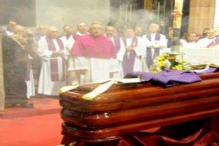 Emotivo adiós a don Felipe Fernández, obispo emérito de Tenerife