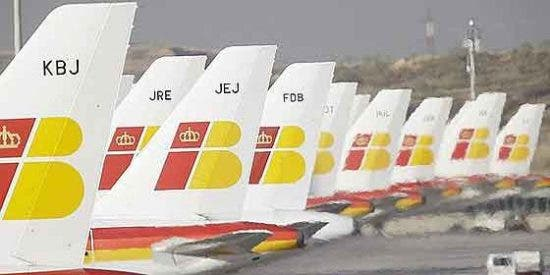 Iberia cancela 156 vuelos este lunes por la huelga de pilotos