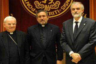 Solemne toma de posesión de Julio Martínez como nuevo Rector de Comillas