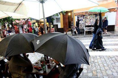 Las cofradías del Martes Santo de Sevilla no salen por el riesgo de lluvia