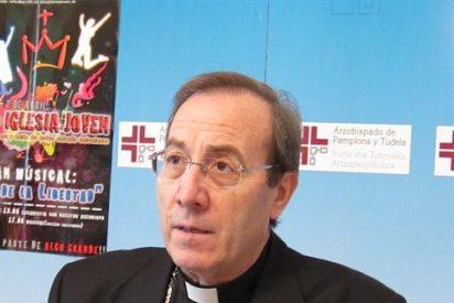 Bildu invita al arzobispo de pamplona a explicarse en el Parlamento