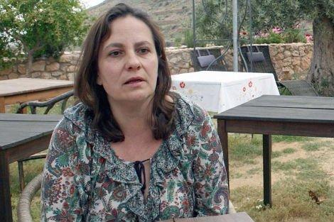 La docente de Religión que se casó con un divorciado será readmitida...hasta junio
