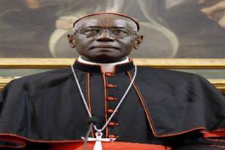 El cardenal Sarah recomienda a los curas entusiasmo y sencillez en sus homilías