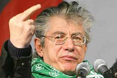 Dimite Umberto Bossi tras el escándalo en las cuentas de la Liga Norte