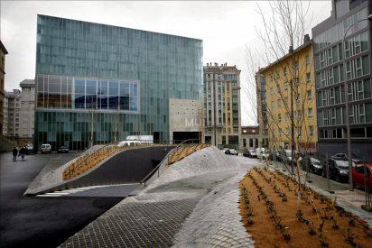Los Príncipes inauguran en A Coruña el nuevo Museo Nacional de Ciencia